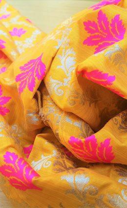 מטפחת – חרדל פרחים פוקסיה וזהב