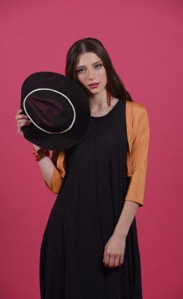 שמלת אניטה – שחור עיגולים