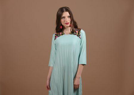 שמלת נופר – מנטה