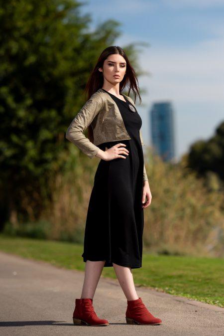 שמלת שבות – שחור