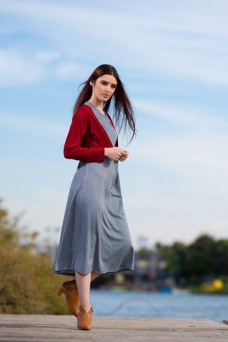 שמלת שבות – הדפס אפור